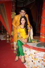 Shambhavi Sharma, Manish Tulsiyani at Marriage sequence for Chajje Chajje Ka Pyar serial shoot in Kandivili on 20th June 2011 (16).JPG