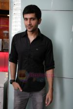 Vaibhav Talwar at First look launch of Love Breakups Zindagi in PVR, Juhu, Mumbai on 19th June 2011 (18).JPG