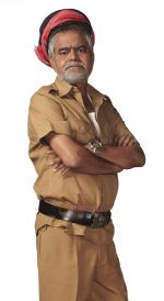 Sanjay Mishra in Still from the movie Bin Bulaye Baraati (1).jpg
