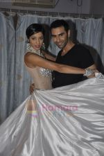 Sandip Soparkar, Jesse Randhawa  at Sandip Soparrkar_s Ballroom Studio 2011 in Mumbai on 4th July 2011 (40).JPG