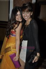Anusha Dandekar, Shenaz Treasurywala at Delhi Belly Success Bash in Taj Land_s End on 6th July 2011 (37).JPG