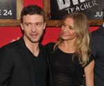 Cameron Diaz, Justin Timberlake at the premiere of the movie Bad Teacher at the Ziegfeld Theatre in NYC on June 20, 2011 (28).jpg