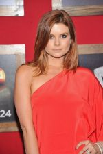 Joanna Garcia-Swisher at the premiere of the movie Bad Teacher at the Ziegfeld Theatre in NYC on June 20, 2011 (27).jpg