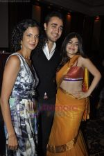 Poorna Jagannathan, Imran Khan, Shenaz Treasurywala at Delhi Belly Success Bash in Taj Land_s End on 6th July 2011 (63).JPG