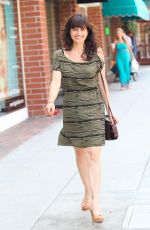 Carla Gugino in Beverly Hills on 6th July 2011 (5).jpg