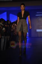 at Blenders Pride Magical NItes fashion show in Points Sheraton, Vashi, Mumbai on 9th July 2011 (14).JPG