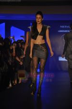 at Blenders Pride Magical NItes fashion show in Points Sheraton, Vashi, Mumbai on 9th July 2011 (20).JPG