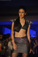 at Blenders Pride Magical NItes fashion show in Points Sheraton, Vashi, Mumbai on 9th July 2011 (21).JPG