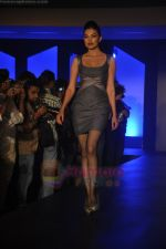 at Blenders Pride Magical NItes fashion show in Points Sheraton, Vashi, Mumbai on 9th July 2011 (27).JPG