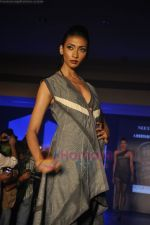 at Blenders Pride Magical NItes fashion show in Points Sheraton, Vashi, Mumbai on 9th July 2011 (36).JPG
