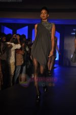 at Blenders Pride Magical NItes fashion show in Points Sheraton, Vashi, Mumbai on 9th July 2011 (38).JPG