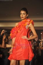at Blenders Pride Magical NItes fashion show in Points Sheraton, Vashi, Mumbai on 9th July 2011 (63).JPG