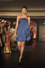 at Blenders Pride Magical NItes fashion show in Points Sheraton, Vashi, Mumbai on 9th July 2011 (64).JPG