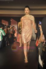 at Blenders Pride Magical NItes fashion show in Points Sheraton, Vashi, Mumbai on 9th July 2011 (71).JPG