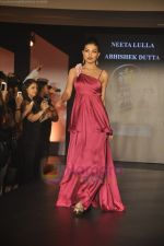 at Blenders Pride Magical NItes fashion show in Points Sheraton, Vashi, Mumbai on 9th July 2011 (80).JPG