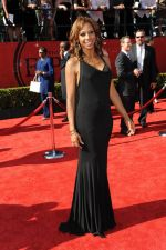 Holly Robinson-Peete at the 19th Annual ESPY Awards on July 13, 2011 at Nokia Theatre in Los Angeles, CA, USA (18).jpg