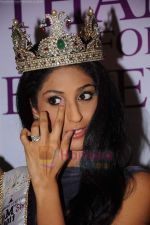 reveals 3 winners of I AM She in Trident, Mumbai on 16th July 2011 (42).JPG