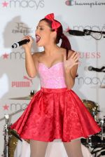 Ariana Grande performing at Macy_s Annual Summer Blowout Show in NYC on July 17, 2011 (10).jpg