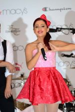 Ariana Grande performing at Macy_s Annual Summer Blowout Show in NYC on July 17, 2011 (13).jpg