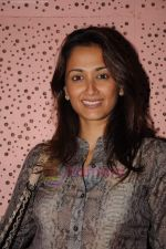 Gayatri Joshi at Vir Das show in St Andrews on 17th July 2011 (30).JPG