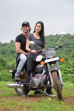 Katrina Kaif takes Hrithik Roshan for a Zindagi Na Milegi Dobara bike ride at Filmcity on 22nd July 2011 (110).JPG