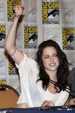 Kristen Stewart poses to promote Breaking Dawn from the Twilight Saga at  the 2011 Comic-Con International Day 1 at the San Diego Convention Center on July 21, 2011 (32).jpg