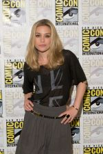 Piper Perabo attends the 2011 Comic-Con International San Diego - Day 1 - Covert Affairs Photocall on July 21, 2011 (4).jpg