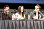 Taylor Lautner, Kristen Stewart, Robert Pattinson poses to promote Breaking Dawn from the Twilight Saga at  the 2011 Comic-Con International Day 1 at the San Diego Convention Center on July 21, 2011 (12).jpg