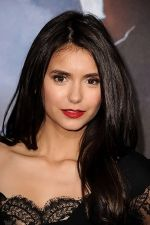 Nina Dobrev arrives at the world premiere of the movie Cowboys and Aliens at San Diego Civic Theatre on July 23, 2011 in San Diego, California (2).jpg