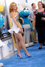 Katy Perry attends the world premiere of the movie The Smurfs at the Ziegfeld Theatre on 24th July 2011 in New York City, NY, USA (7).jpg