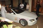 Shahrukh Khan at Sanjay Dutt_s Party at his house on 24th July 2011 (7).JPG