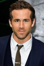 Ryan Reynolds attends the Berlin Premiere of the movie Green Lantern on 25th July 2011 in Berlin, Germany (3).jpg