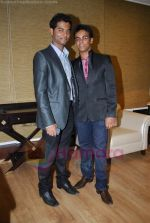 purvaish sarnaik  and vihang sarnaik at Pratap Sarnaik birthday party in Mumbai on 28th July 2011 (2).JPG