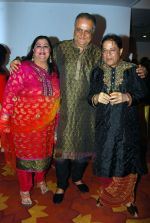 Anup Jalota at Anup Jalota Birthday Party in Sun Villa Warli on 30th July 2011 (15).JPG