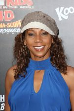 Holly Robinson Peete arrives at the Spy Kids- All The Time In The World 4D Los Angeles Premiere on July 31, 2011 in Los Angeles, California (22).jpg
