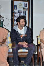 Hrithik Roshan donates bus to Dilkush school in Juhu, Mumbai on 1st Aug 2011 (34).JPG