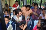 Hrithik Roshan donates bus to Dilkush school in Juhu, Mumbai on 1st Aug 2011 (55).JPG