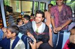 Hrithik Roshan donates bus to Dilkush school in Juhu, Mumbai on 1st Aug 2011 (57).JPG