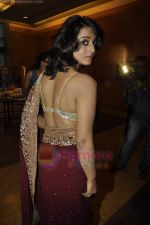 Mahie Gill at Beti Gitanjali Show at IIJW 2011 in Grand Hyatt on 31st July 2011  (46).JPG