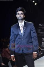 Manish Goel walks the ramp for Monica Kapur at IIJW 2011 in Grand Hyatt on 31st July 2011 (127).JPG