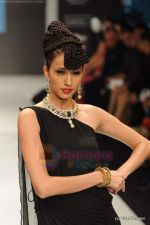 Model walks the ramp for Amrapali at IIJW 2011 in Grand Hyatt on 31st July 2011 (150).JPG