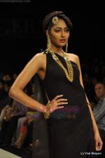 Model walks the ramp for Amrapali at IIJW 2011 in Grand Hyatt on 31st July 2011 (63).JPG