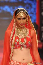 Model walks the ramp for C Krishniah Chetty & Sons at IIJW 2011 in Grand Hyatt on 31st July 2011 (112).JPG