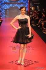 Model walks the ramp for C Krishniah Chetty & Sons at IIJW 2011 in Grand Hyatt on 31st July 2011 (114).JPG