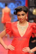 Model walks the ramp for C Krishniah Chetty & Sons at IIJW 2011 in Grand Hyatt on 31st July 2011 (161).JPG