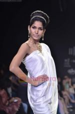 Model walks the ramp for Monica Kapur at IIJW 2011 in Grand Hyatt on 31st July 2011 (79).JPG
