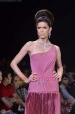 Model walks the ramp for Monica Kapur at IIJW 2011 in Grand Hyatt on 31st July 2011 (84).JPG