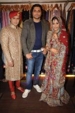 Deepika Samson, Shoaib Ibrahim, Riyaz Ganji on the sets of Sasural Simar Ka on 1st Aug 2011 (38).JPG