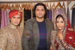 Deepika Samson, Shoaib Ibrahim, Riyaz Ganji on the sets of Sasural Simar Ka on 1st Aug 2011 (36).JPG
