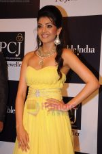 Kajal Aggarwal on day 2 of IIJW 2011 in Grand Hyatt on 1st Aug 2011 (33).JPG